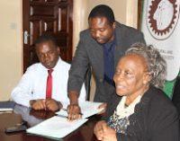 ACSZ Vice President Mrs. Caroline M Silwamba & MUVI TV General Manager Mr Angel Phiri sign 2017 MoU